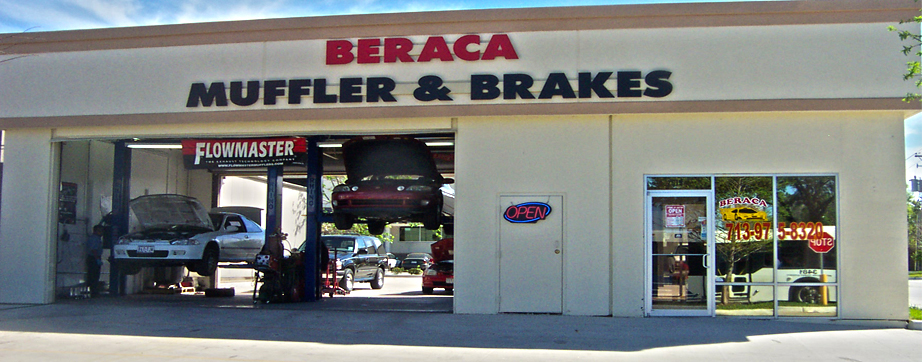 Beraca Muffler & Brakes Storefront located in Houston, Texas.